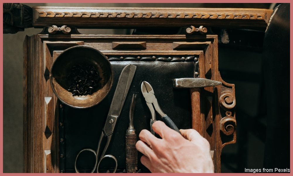How to start furniture restoration Business